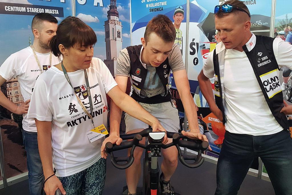 festiwal rowerowy jazda na rowerze stacjonarnym