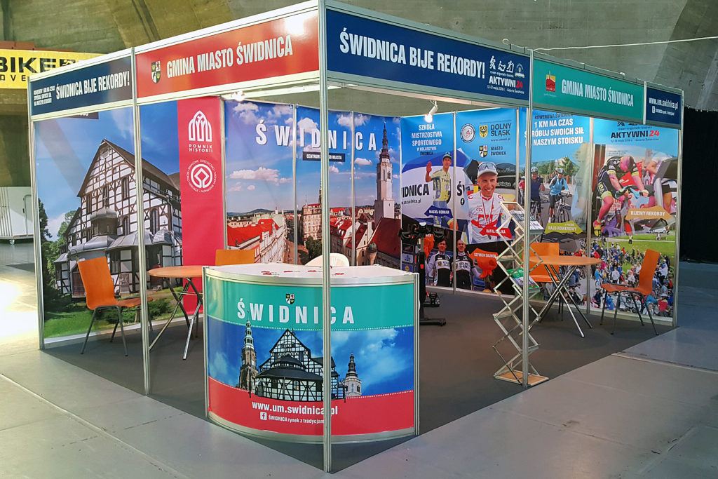 stoisko wystawiennicze Świdnicy festiwal rowerowy