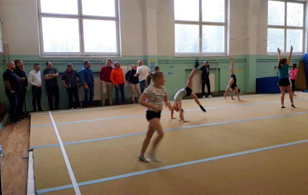 rada sportu u akrobatów